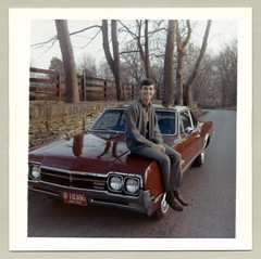 1966 Oldsmobile Cutlass 4-4-2 (Raymondx1) Tags: vintage classic photo foto photography automobile car cars ford mustang motor vehicle antique auto 1967 1960s sixties oldsmobile olds cutlass 442 cutlass442