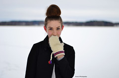 (Anna-Li Nauclr) Tags: winter portrait snow girl outside 50mm vinter model nikon sweden stockholm january ute nikkor sn januari portrtt 5018 d3100