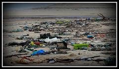 NO COMMENT (anoste40) Tags: sea mer beach strand vacances playa waste plage dchets ocan baignade pullution polucion residuos verschmutzung descargas discharges rejets vergeuden entladungen