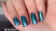 Top Beauty Smell Of Rain 03 (Designer de Unhas Letícia Medeiros) Tags: verde azul aplique cintilante unhadecorada