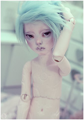 Today's not my day (Bluoxyde) Tags: boy art toy mod doll ooak bjd custom abjd narsha zihu