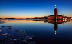 Good evening Stockholm (Maria_Globetrotter) Tags: world blue winter panorama ice night town hall is vinter twilight clear hour icy stadshuset kungsholmen blaue riddarholmen skymning stunde vrld bltimmen