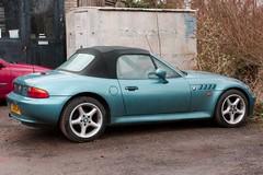 colour car aquamarine bmw