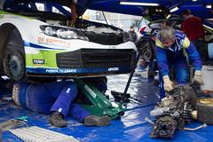 130316 14 Tank S Rally _ servicepark Emmeloord _ versnellingsbakwissel voor Subaru WRC S14 van Rene Kuipers (homestee) Tags: tank rally rene s wrc subaru van voor emmeloord s14 kuipers servicepark versnellingsbakwissel zuiderzeerally