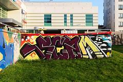MyyrYork-heinakuu2016-graffiti-muuri (Bergolli) Tags: color urbanlandscape humansofmyyryork graffiti piece streetart art concrete spray can hiphop paint fame gallery monttu helsinki