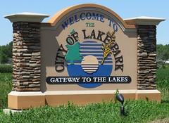 Welcome to Lake Park Sign (Lake Park, Minnesota) (courthouselover) Tags: minnesota mn citywelcomesigns beckercounty lakepark