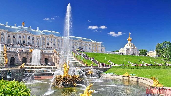 Tour du lịch Nga trải nghiệm 'đêm trắng' giá chỉ từ 43,5tr