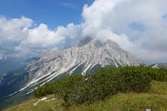 Prampr (Tabboz) Tags: montagna dolomiti sentieri cima vetta trekking boschi mugo rifugio panorama valle roccia nuvole