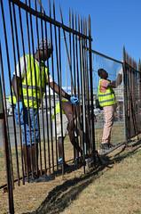 Kennedy24 (Genova citt digitale) Tags: richiedenti asilo genova piazzale kennedy agosto 2016 volontari nigeria lavoro ilva