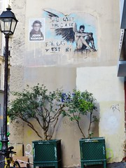 Guy Denning / Paris - 29 jul 2016 (Ferdinand 'Ferre' Feys) Tags: paris streetart artdelarue graffitiart graffiti graff urbanart urbanarte arteurbano guydenning france pasteup wheatpaste