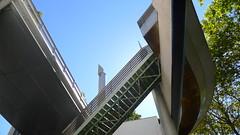 Promenade Plante (Coule verte Ren-Dumont) - Paris.fr (Winfried Scheuer) Tags: postmodern venturi gehry botta jencks stairs treppe column 1983 movie location hitech futuristic utopian