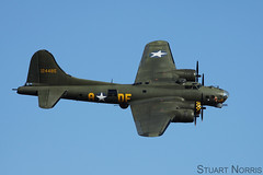 B-17G Flying Fortress G-BEDF Sally B - B-17 Preservation Ltd (stu norris) Tags: b17g flyingfortress gbedf sallyb b17preservationltd bomber boeing usaaf iwm duxford warbird airshow aviation ww2 blue sky