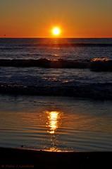 Sol i ones (Explore, Jan 22, 2013) (Perikolo) Tags: sol sunrise mar reflex alba playa amanecer reflejo salida olas ones sortida platja torredembarra baixamar tarragons onades