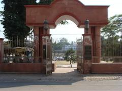 Awadh Garden Gateway on the north bank of River Gomti @ Lucknow (Vineet Wal) Tags: trees sky india architecture gate arch pillar arcade entrance gateway entry lucknow uttarpradesh darwaza awadh