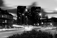 Darkness, Light, Stars and Traffic (Noutyboy) Tags: city winter light bw holland netherlands monochrome night canon stars eos 50mm evening exposure utrecht nightshot traffic zwartwit nacht nederland thenetherlands busy february f18 30sec nachtfotografie februari 550 sterren bursts nout 550d lightbursts eos550d noutyboy