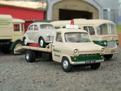 Beavertail (quicksilver coaches) Tags: ford model transit breakdown beavertail oo recovery diecast wrecker 176 code3 oxforddiecast mostynsgarage