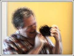 Hé Hé Hé ... (maoby) Tags: moi presentation actioncam aubry autoportrait bear beauty blanc black blog bob bobkurt camedia cameras city collection compact comparaison conference crazy day digital double douceur espion friend funny great gros history holiday initial jobs macro mac nikkor nikon new numérique old personnes people passion picture zombi yahoo wikipedia vampire vintage vedette twitter translucide test tatouage maoby