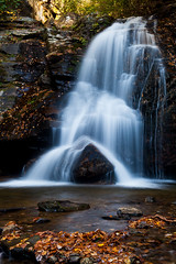 Autumn at Maidenhair Falls (John Cothron) Tags: longexposure autumn fall nature water leaves rock creek 35mm canon river georgia landscape morninglight waterfall stream outdoor scenic sunny falling filter granite flowing ze cpl fissure freshwater crevice ravenclifffalls whitecounty doddcreek maidenhairfalls johncothron 5dmkii cothronphotography zeissmakroplanart250mmze johncothron img06125111022