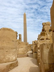 "Templo de Karnak • <a style=""font-size:0.8em;"" href=""http://www.flickr.com/photos/92957341@N07/8594503028/"" target=""_blank"">View on Flickr</a>"