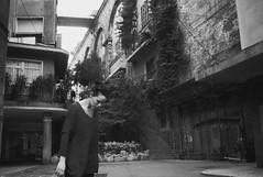 looking down in a genovese street (gorbot.) Tags: street portrait blackandwhite bw rangefinder genoa genova roberta f19 leicam8 silverefex voigtlander28mmultronf19