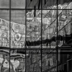 Spiegelung als Kunst / Reflection as Art (ludwigrudolf232) Tags: glas spiegelung