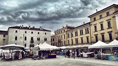 (Cristina Birri) Tags: udine friuli nuvole temporale clouds estate summer piazza mercato pesce