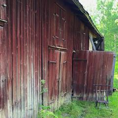 Very Old Barn (hansn (2+ Million Views)) Tags: bildstrom building byggnad barn lada red rd falurd vrmland sweden sverige squarish square