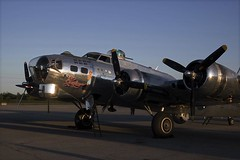 B-17 Forward (Stephen Gardiner) Tags: hamilton ontario 2016 canadianwarplaneheritagemuseum lancster flyingfortress mitchell worldwar2 b17 b25 avro boeing northamericanaviation night plane aircraft propeller noseart pentax k3ii 1645