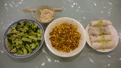 Julia's minced beef with corn, broccoli, leftover shredded duck popiah, quinoa jasmine rice (avlxyz) Tags: fb popiah leftovers