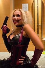20160904-192956-5D3_1381 (zjernst) Tags: 2016 atlanta batman choker comic con convention cosplay costume dc dragoncon dress facepaint fingerlessgloves gun harleyquinn pistol villain weapon