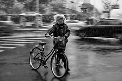 she copes creatively~ Shanghai (~mimo~) Tags: china street city blackandwhite woman snow bike bicycle photography asia crossing shanghai candid chinesenewyear lunarnewyear gongxifacai yearofthesnake xinniankuaile mimokhair