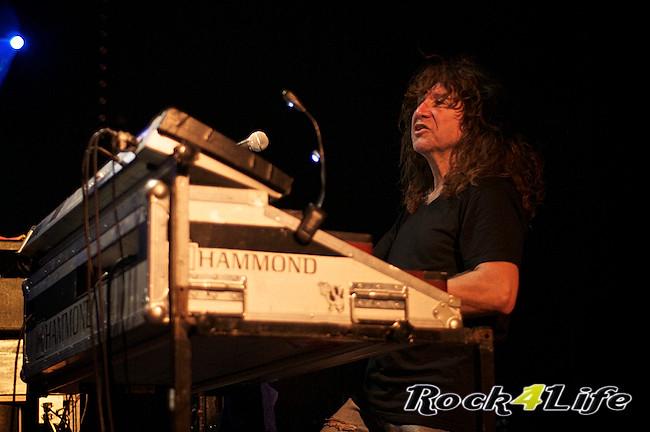 DEO  Rock4Life Tribute to Rock Classics (22)