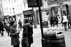Talking Crap (stephen cosh) Tags: life street city england people blackandwhite bw london sepia mono town candid streetphotography rangefinder reallife humancondition blackandwhitephotos 50mmsummilux blackwhitephotos leicam9 stephencosh leicammonochrom leicamm