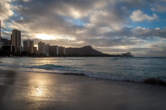 Oahu - Sunrise Over Waikiki (Christopher Lane Photography) Tags: morning vacation beach beautiful sunrise volcano hawaii bay paradise waikiki oahu gorgeous diamondhead tropical lush dormant silpada bucketlist