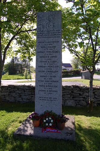 Austrheim WWII memorial