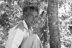 Beautiful Portrait and Emotion of a man in Lanta old town village (karimbokingz) Tags: portrait people blackandwhite bw canon thailand 50mm photographer naturallight oldman 50mm14 portraiture kohlanta 5d dailypicture oldtown strobbist 5dmarkii canon5dmarkii karimbo