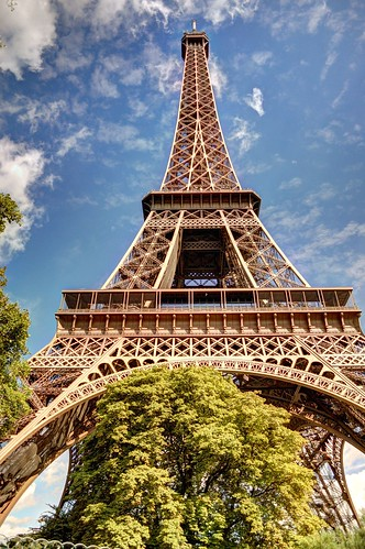 HDR - Tour Eiffel Tower Paris France - creative commons by gnuckx