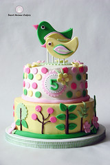 Birdies (Sweet Avenue Cakery) Tags: birds cake fondant buttercream kidscake sweetavenuecakery