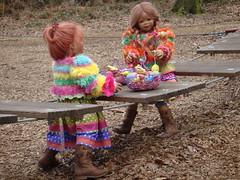 Spielplatz und Ostereier (Kindergartenkinder) Tags: dolls ostern schloss annette tivi 2013 raesfeld himstedt kindergartenkinder sanrike