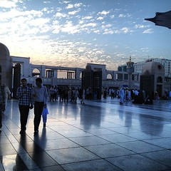 After fajr prayers 4/4/2013 (Mink) Tags: square squareformat saudi arabia medina saudiarabia umrah   madinah almadinah almunawwara iphoneography instagram instagramapp uploaded:by=instagram