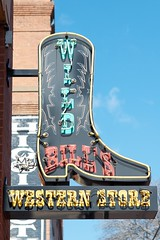 Spur of the moment (dangr.dave) Tags: boot dallas tx neonsign westend wildbills westernwear wildbillswesternwear wildbillswesternstore