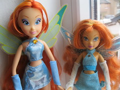 mattel vs witty toys (starwinx77) Tags: club season toys 1 doll collection fairy bloom simba mattel witty winx charmix