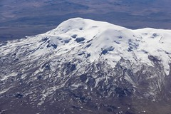 Volcano Coropuna 6377 m Andes Arequipa Peru (roli_b) Tags: coropuna volcano dorman vulcan volcan mountain mountains berg vulkan andes anden andean montañas 6377 metres 20922 feet peru arequipa south america snow topped snowtopped july 2016 schnee bedeckt nieve ice landscape panoramic view vista panorama nature by air plane avion