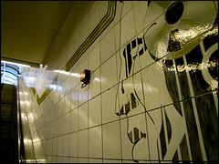20100522-8104 (sulamith.sallmann) Tags: art berlin deutschland europa friedrichshainkreuzberg germany head kopf kreuzberg kunst kunstimffentlichenraum kunstwerk mensch menschen people person personen prinzenstrase streetart deu sulamithsallmann