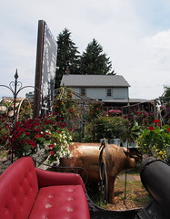 P6080785 (photos-by-sherm) Tags: good quilts retail garden flowers sculpture yard accessories amana iowa summer decorations metal