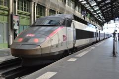 SNCF TGV 64 (23128) (Will Swain) Tags: paris gare de lyon 18th july 2016 train trains rail railway railways transport travel vehicle vehicles europe france french voyage capital city centre parisien ile ledefrance le socit nationale des chemins fer franais  grande vitesse sncf tgv 64 23128