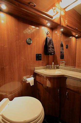 Shiloh - Bathroom
