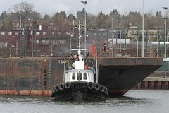 Sea Imp XII Moving An Empty Self Dumping Barge Into Position At FRPD's Marpole Site. (rog45) Tags: canada canon bc 7d tugboat tug tugs 18200 barge fraserriver rog45 40d seaimpxii f2135 sx220hs