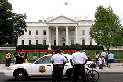 White House (Mr. Pebble / Bildwerfer) Tags: usa canon washington president whitehouse police polizei prsident vereinigtestaaten weiseshaus