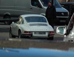Porsche (kenjonbro) Tags: uk england white classic 1969 westminster 911 trafalgarsquare porsche import coupe charingcross sw1 worldcars 1991cc kenjonbro fujifilmfinepixhs10 ubd176g